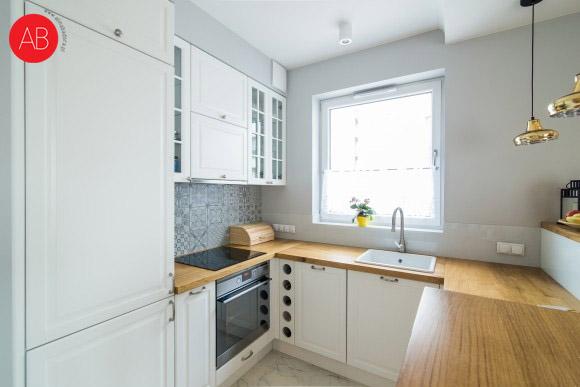 Hiszpańska wiosna (kuchnia) - projekt wnętrza apartamentu | Alina Badora, architekt wnętrz